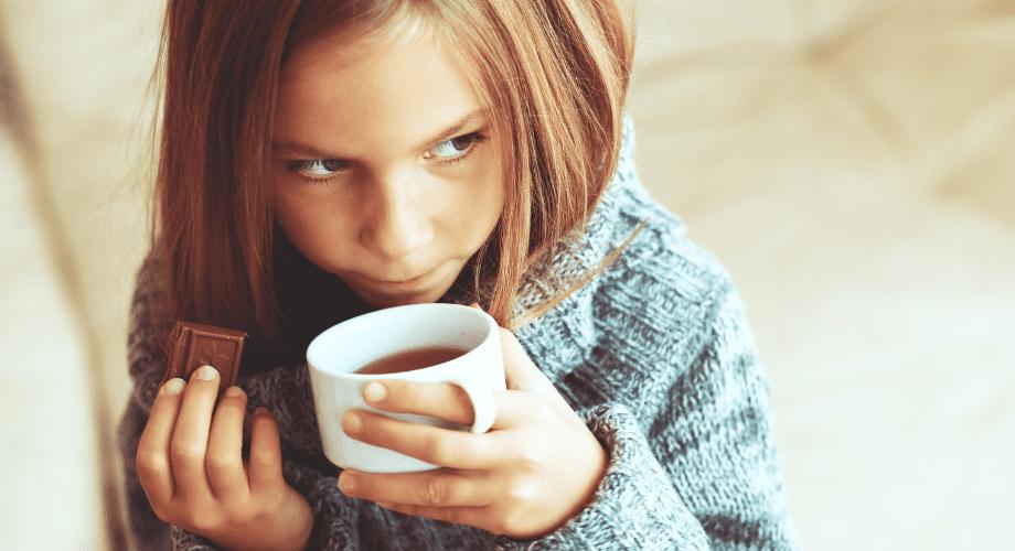 criança pode tomar café